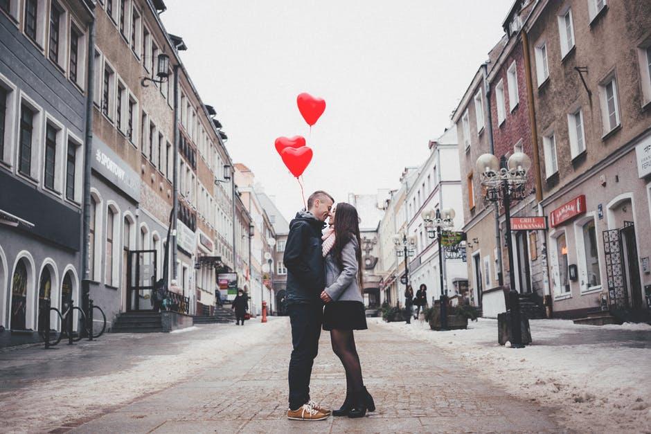 5 giai đoạn của tình yêu
