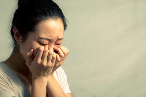 Vì sao tâm lý phụ nữ thay đổi sau sinh con?